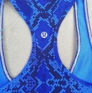 lululemon athletica Tops - LULULEMON 4 blue snape tank top